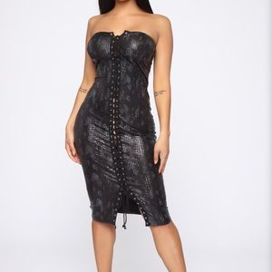 Snakeskin black dress